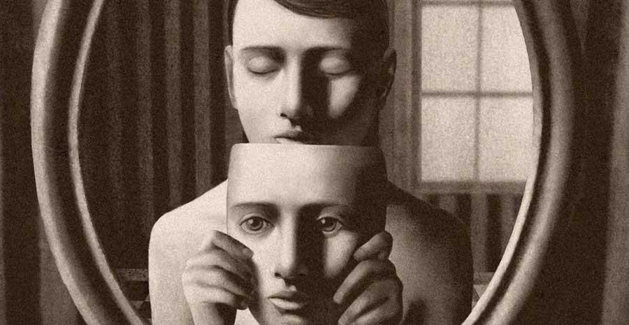 Immagine Allo Specchio.Davanti Allo Specchio Mangialibri